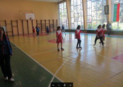 "Занимания по интереси в сферата на спорта ""Аз играя с топка"" - Изображение 8"